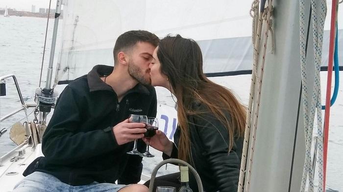 הצעת נישואין ביום האהבה על היאכטה