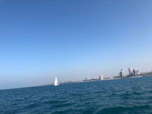 נוף תל אביב מהיאכטה של לי-ים